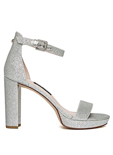Nine West Yüksek Topuklu Sandalet Gümüş
